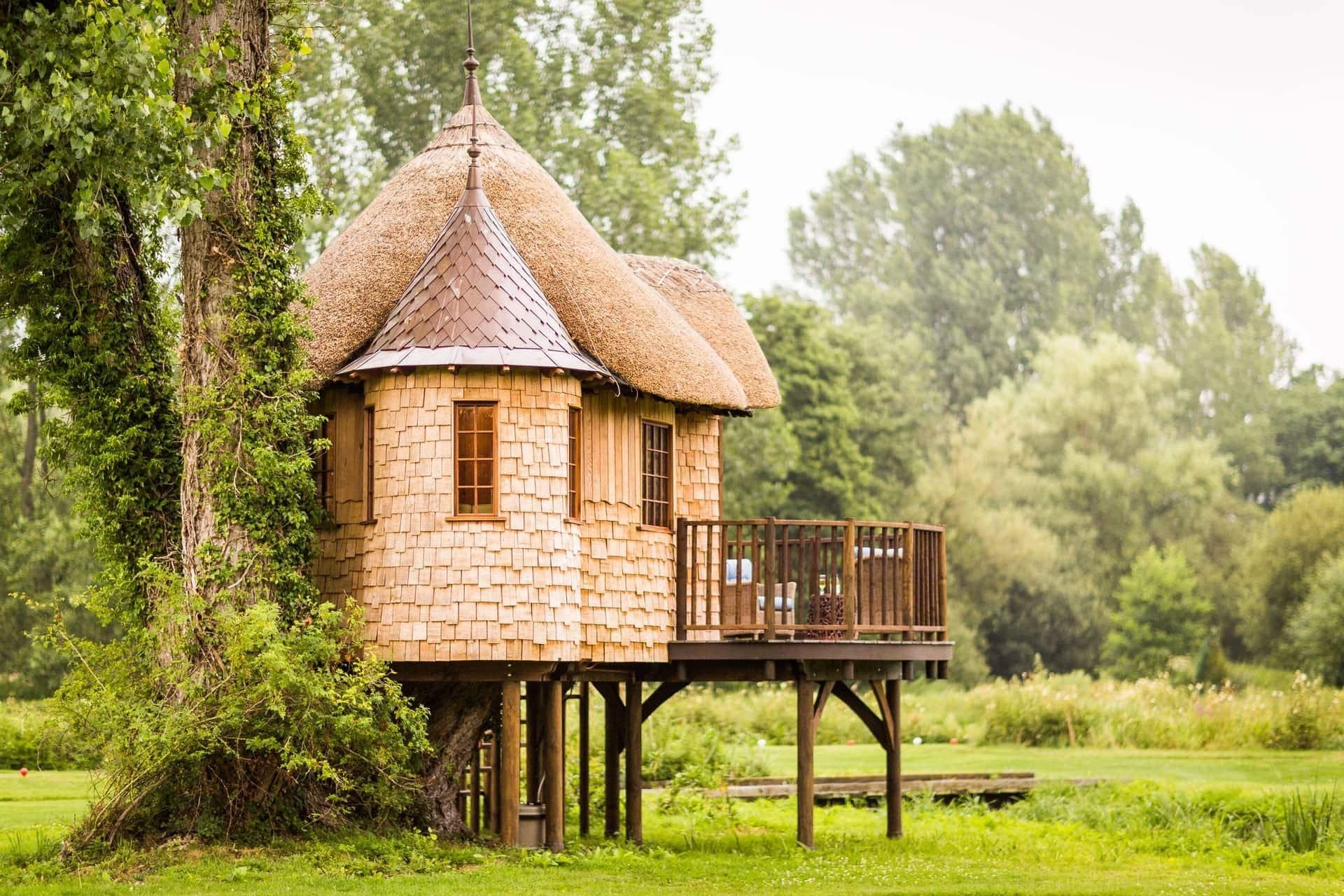 image of a house on stilts
